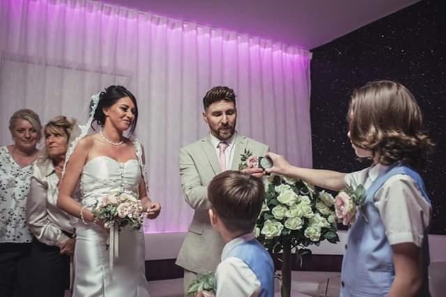 Ravens Retreat, Neath - Wedding Celebrant